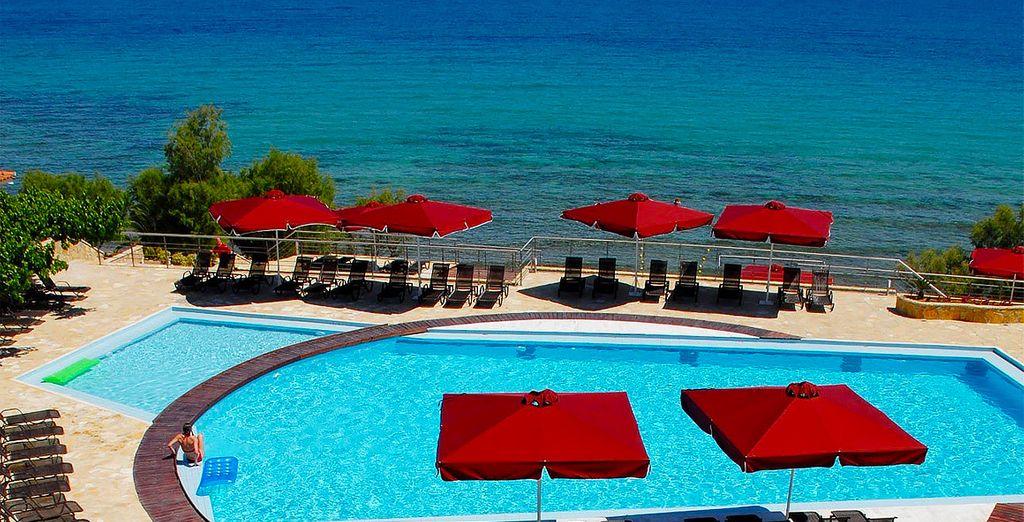 Et si vous veniez vous perdre sur une île ? Bienvenue à Zante pour quelques jours sous le soleil de la Grèce...