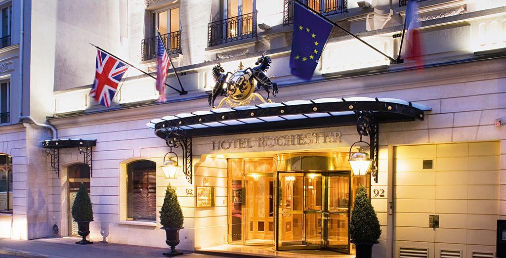 À l'hôtel Rochester...