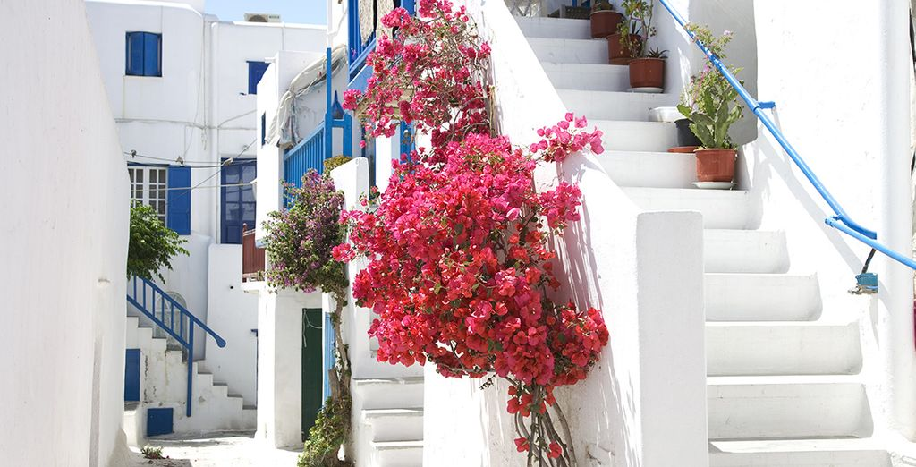 Enfin, sillonnez les ruelles de Mykonos