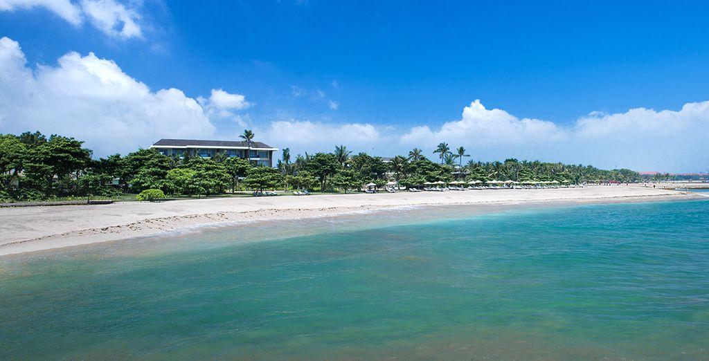A Nusa Dua, somptueuse plage du Sud de Bali