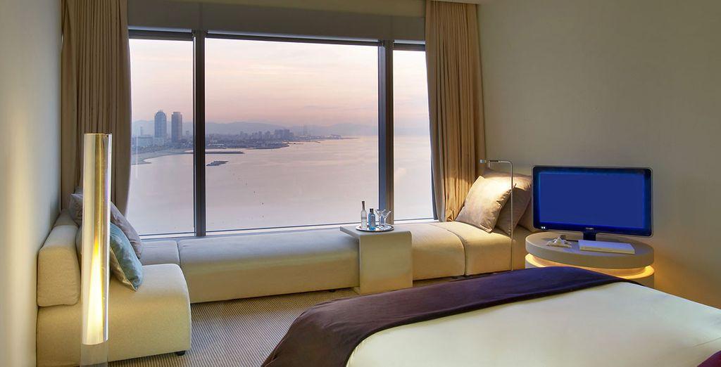 Hôtel de luxe à Barcelone avec chambre double tout confort et vue panoramique sur la ville espagnole