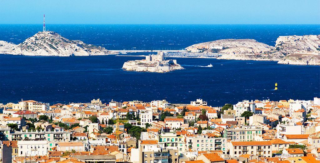 Sans oublier Marseille, cité phocéenne...