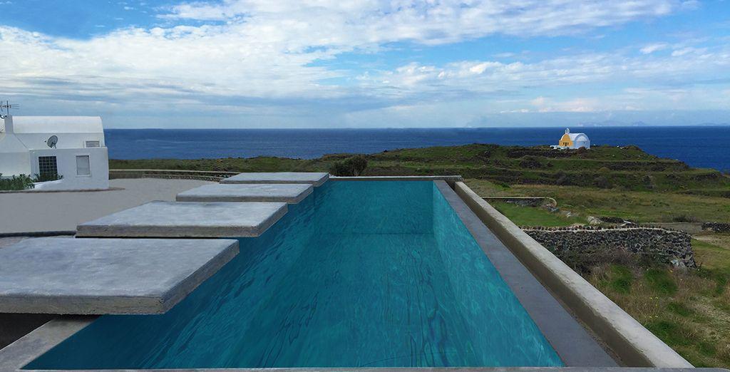 Ou au bord de la piscine...