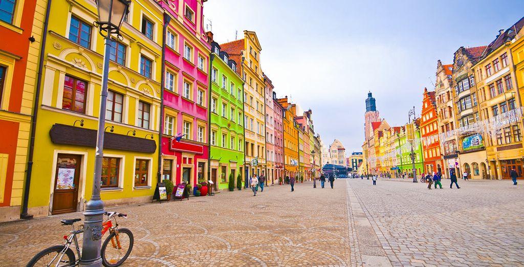 Vous voilà prêt à arpenter les rues colorées de la ville...