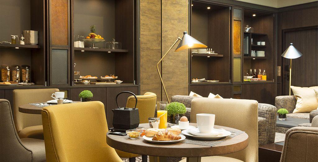 Un petit-déjeuner vous permettra de commencer votre journée dans les meilleures conditions...
