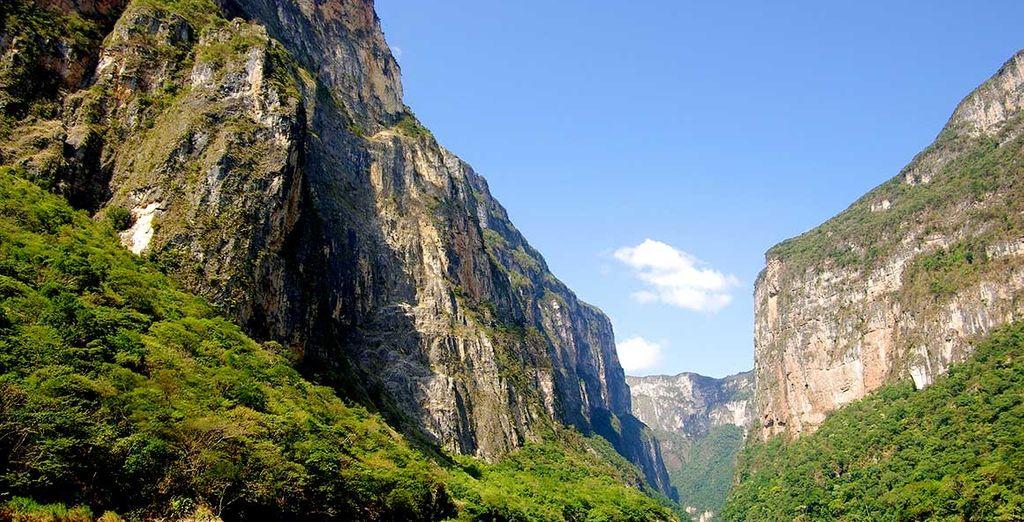 Paysage naturel et montagnes escarpées au Mexique