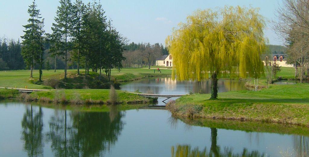 Et découvrez un magnifique parcours de golf...