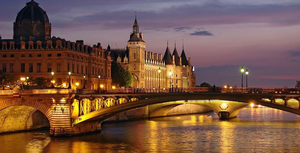 & découvrez la ville lumière comme vous ne l'avez jamais vu...