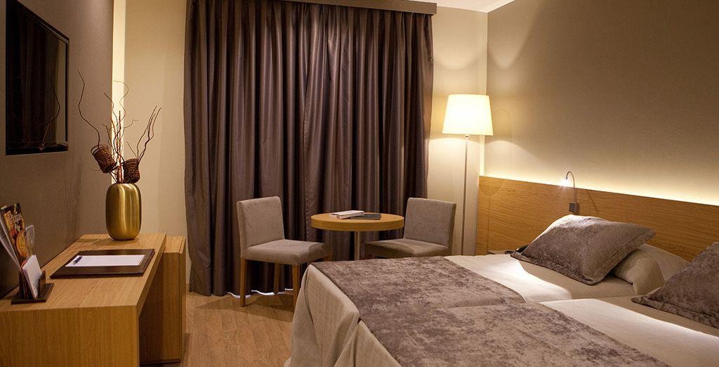 Installez-vous dans votre chambre Standard, cosy et parfaitement équipée