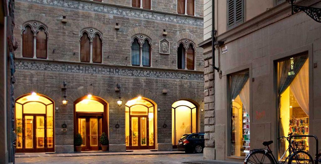 Situé dans le centre de la ville  - Hôtel Pierre 4* Florence