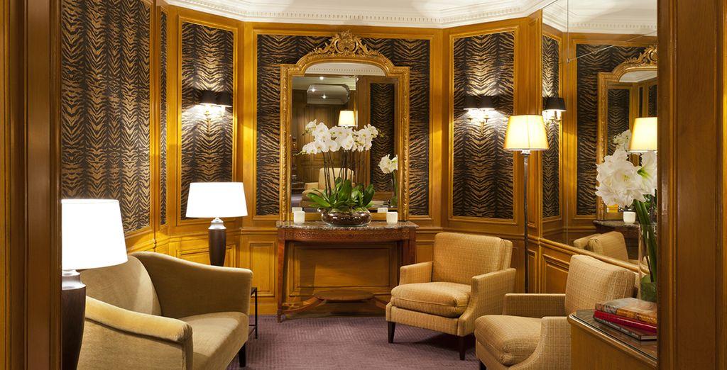 Bienvenue au ravissant Hôtel Powers 4*, à deux pas des Champs-Elysées