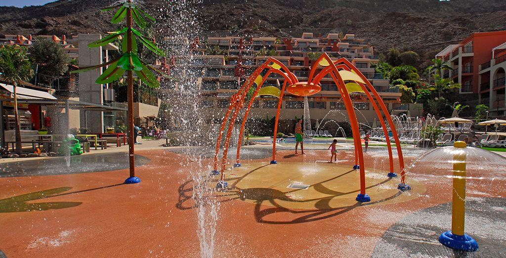 Pendant que vos enfants s'amusent à l'Aquasplash