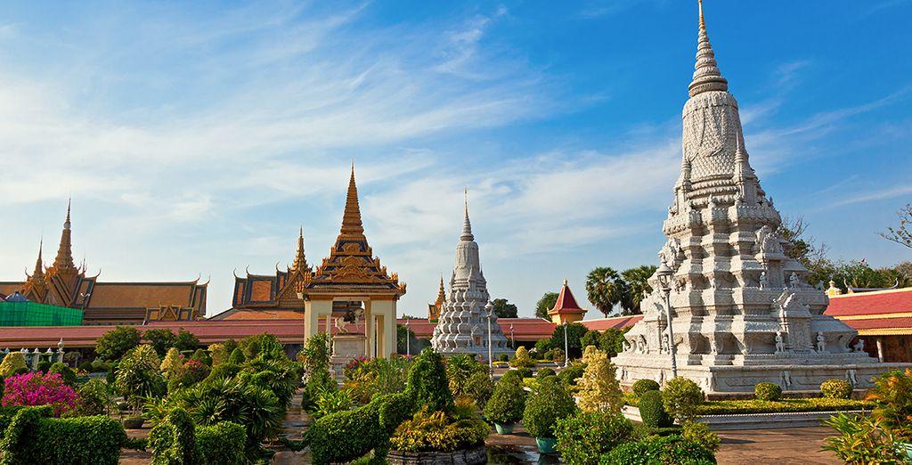 Et admirez l'élégance des nombreuses pagodes