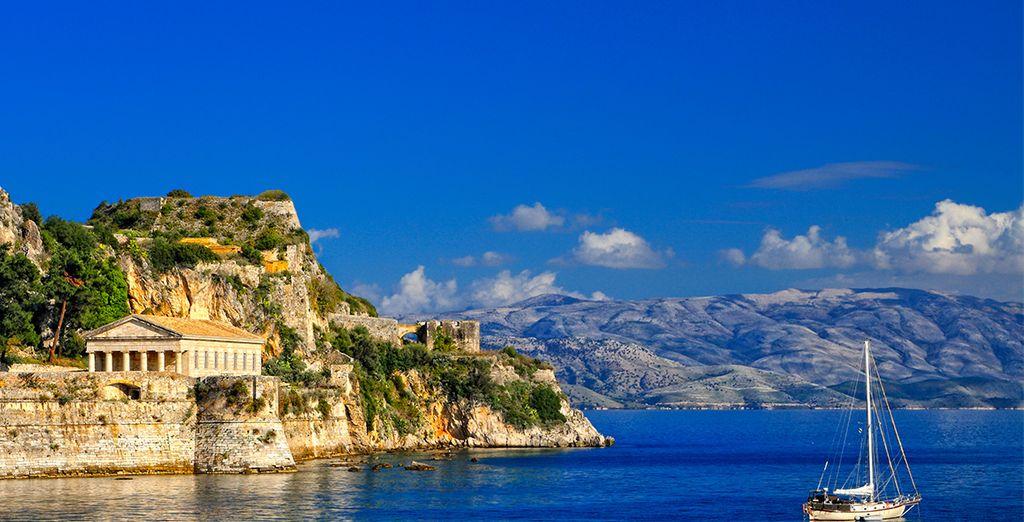 Paysage de la Grèce et temples
