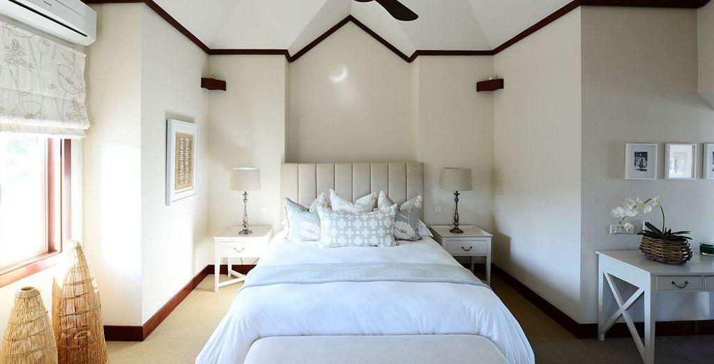 Découvrez ses chambres agréables au design épuré