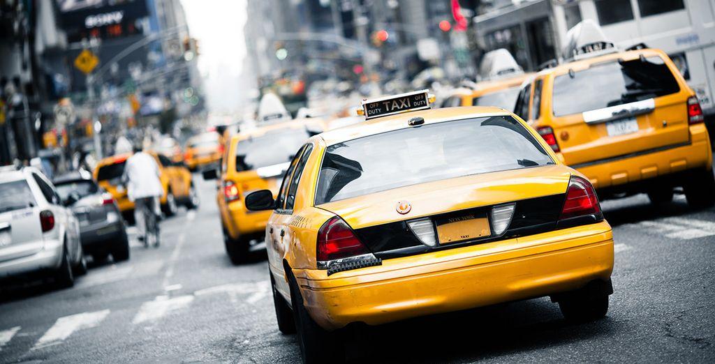En journée, découvrez la ville en taxi