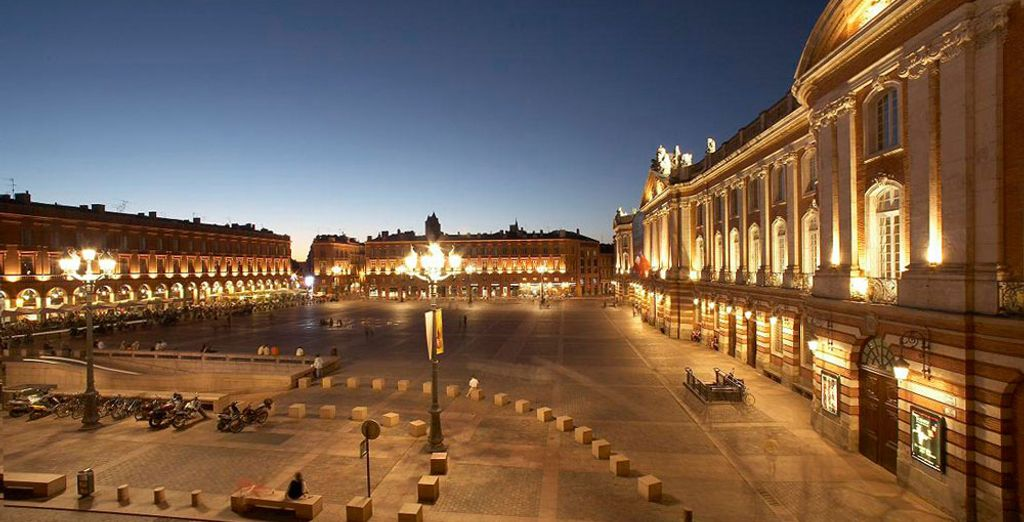 Sur la magnifique place du Capitole