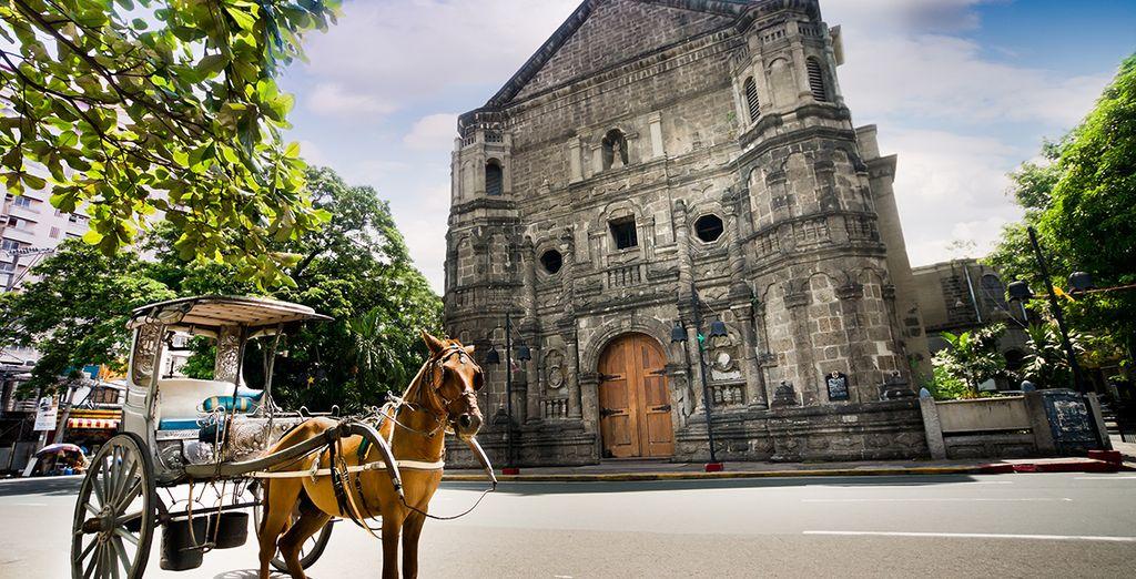 Avant de découvrir la ville, ses ruelles escarpées et ses monuments typiques