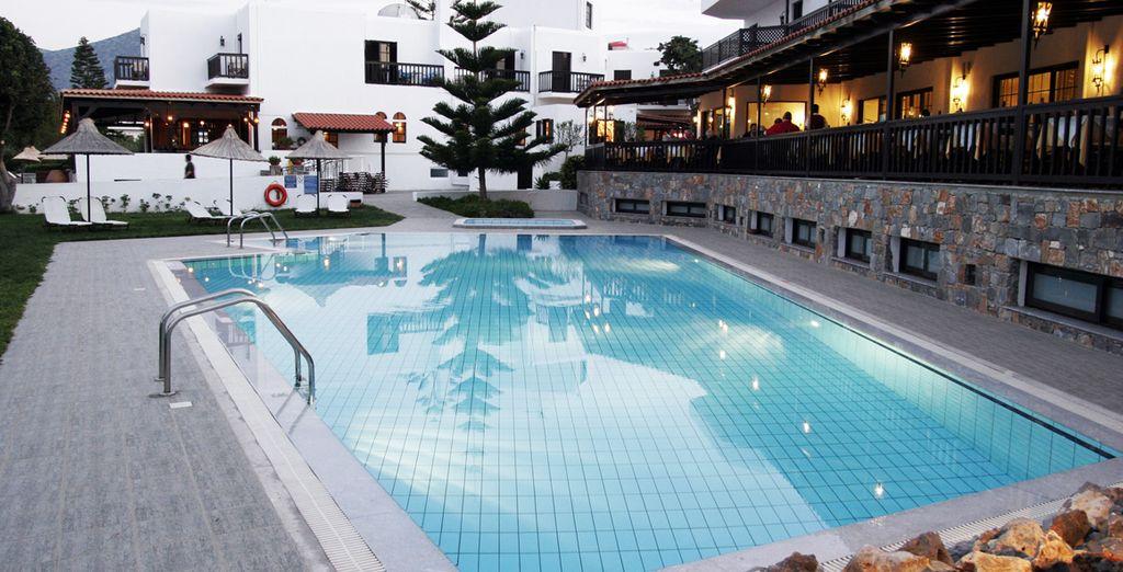 Avant de vous accorder une pause rafraîchissante dans la piscine