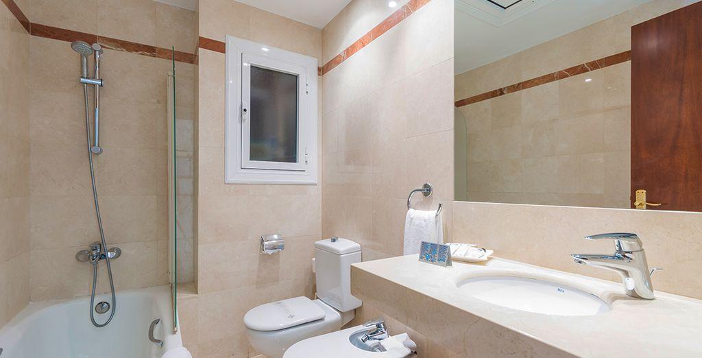 Equipée d'une salle de bain moderne