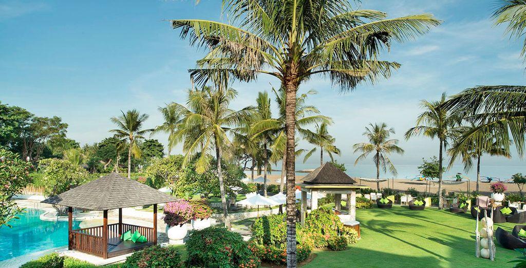 Votre fabuleux voyage se poursuivra à l'hôtel Holiday Inn Baruna