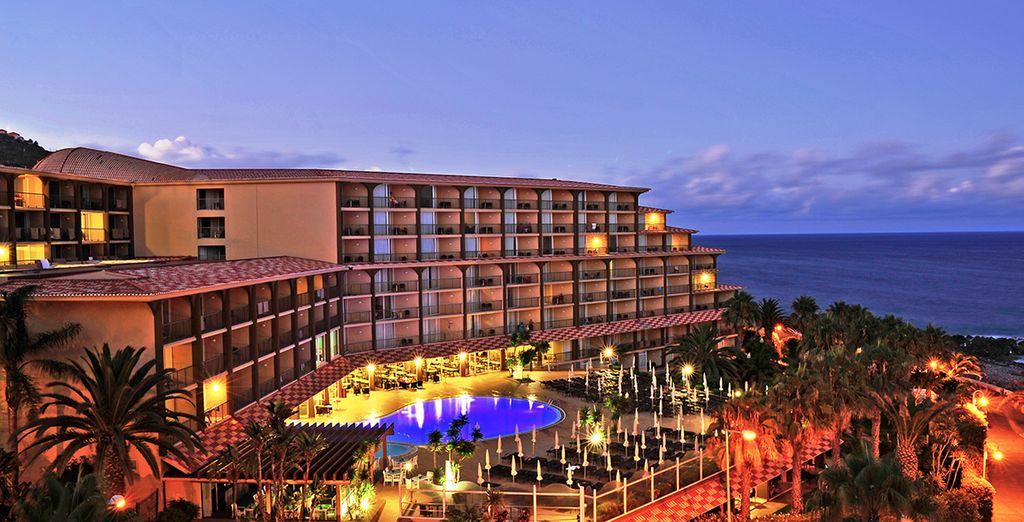 Bienvenue à l'hôtel Four View Oasis