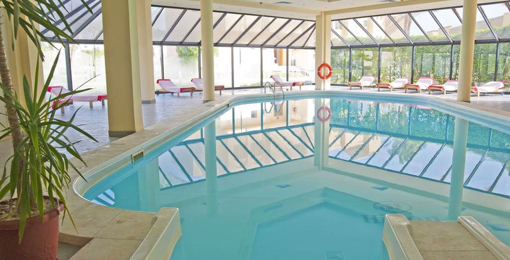 Entre piscine intérieure