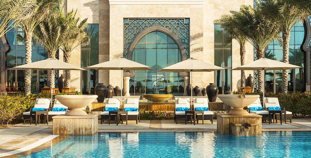Bienvenue à l'hôtel Ajman Saraï, A Luxury Collection Resort 5*