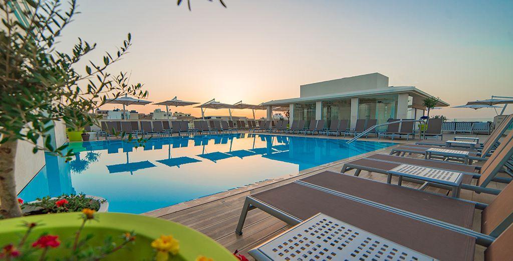 Hôtel haut de gamme avec piscine et espace détente, tout confort à Mellieha