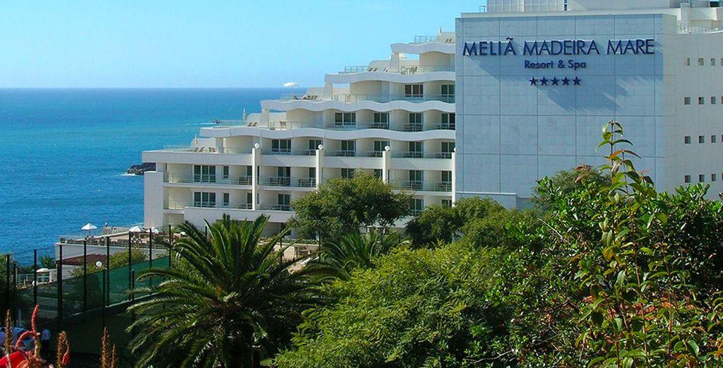 Direction le Melia Madeira Mare Resort & Spa 5* !