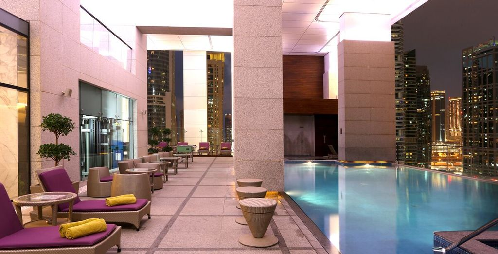 Poussez les portes du Bonnington Jumeirah Lake Tower 5*
