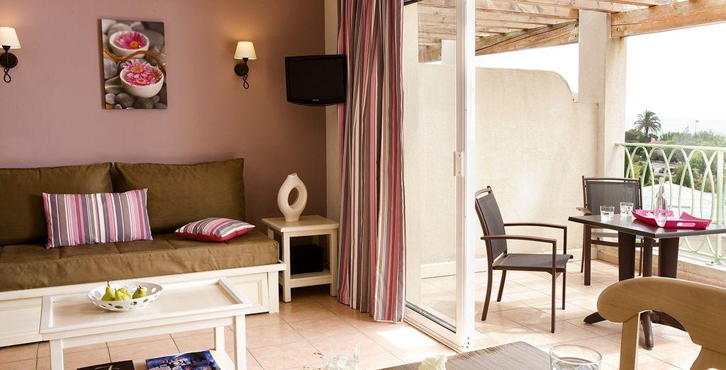 Et installez-vous sur votre balcon ou terrasse pour profiter de la douceur du sud