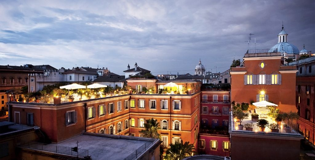 Le soir venu, admirez la vue imprenable sur la ville !