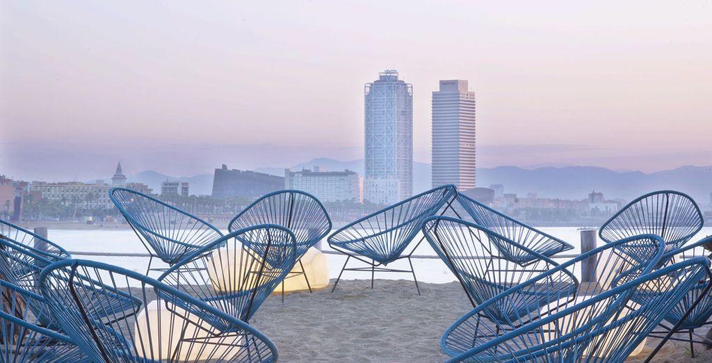 Situé au bord de la plage de La Barceloneta !