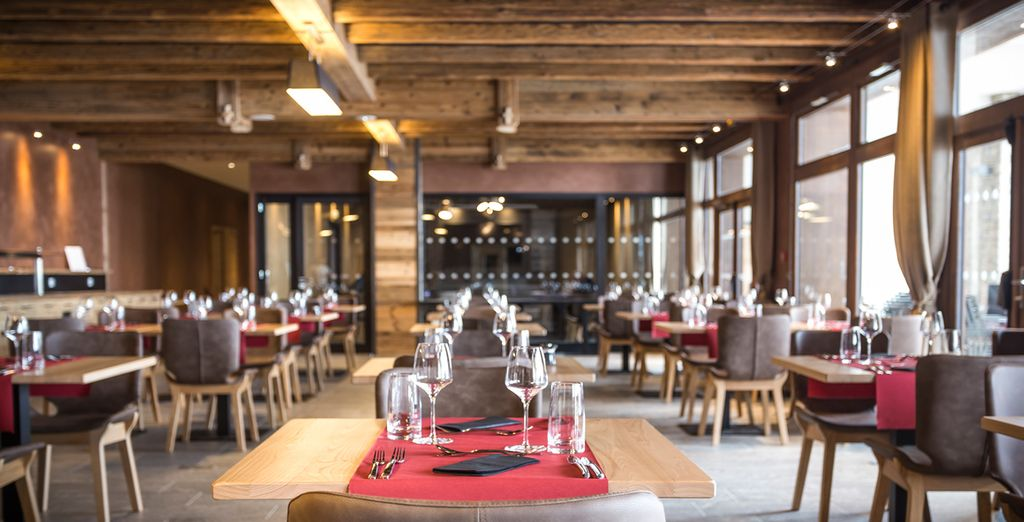 Profitez d'un moment convivial et chaleureux au restaurant l'Esconda
