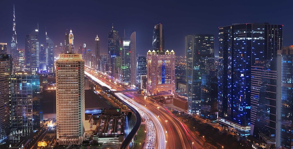 Situé sur Sheikh Zayed Road