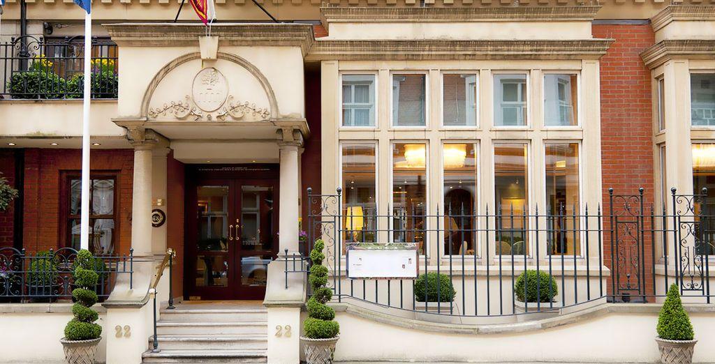 Posez vos valises dans un établissement de luxe situé au cœur de Londres