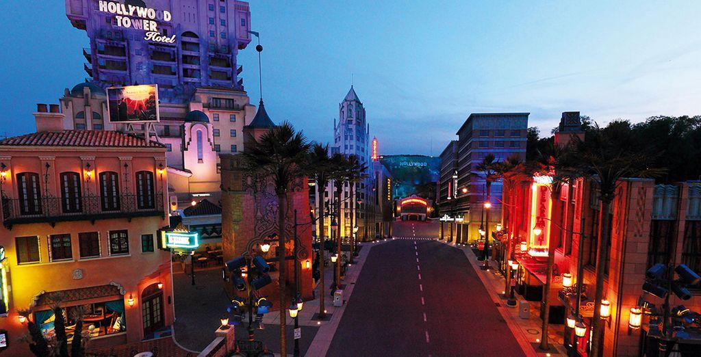 Puis prenez la direction du parc Walt Disney Studios®...