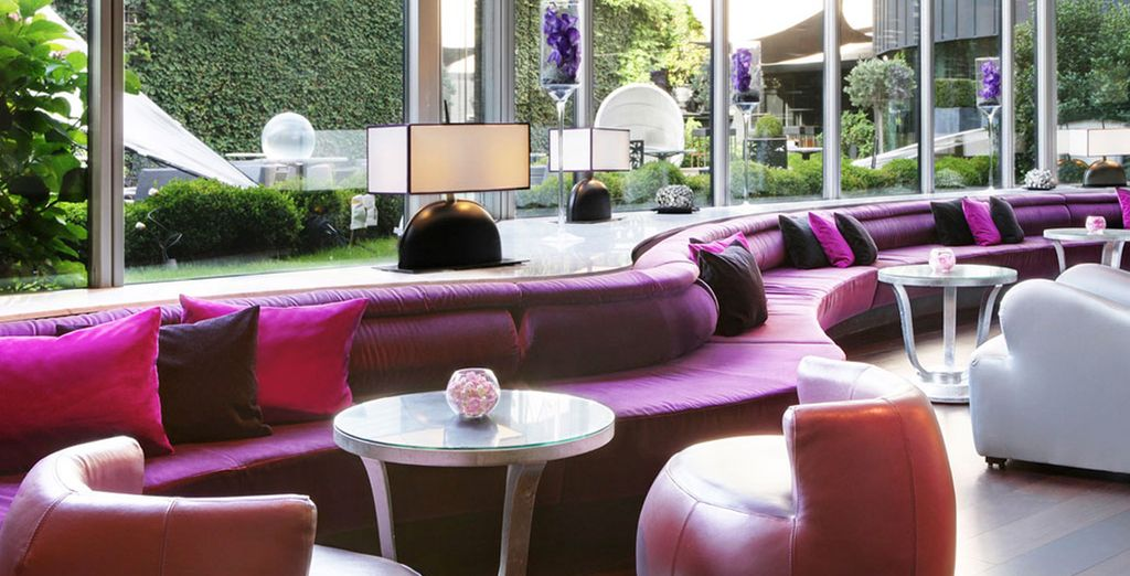 Hôtel de luxe 5 étoiles avec espace détente et restaurant gastronomique