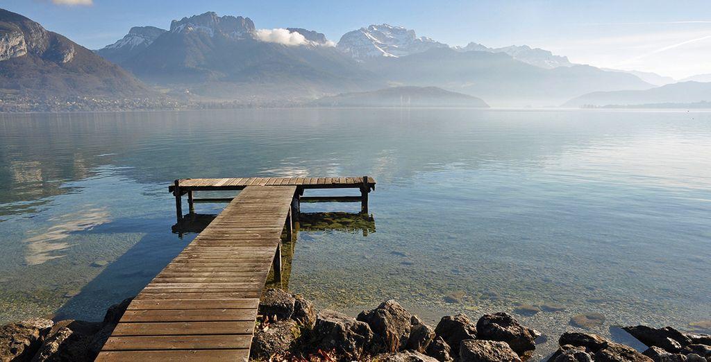 Lac d'Annecy et vacances à la montagne