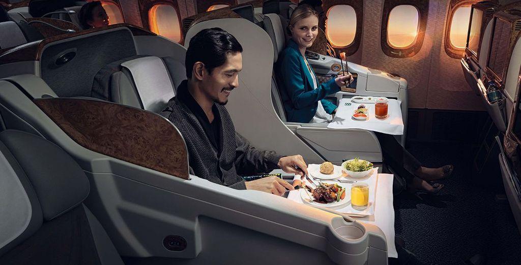 Offrez-vous une expérience unique en classe Affaires Emirates (en option et avec supplément)