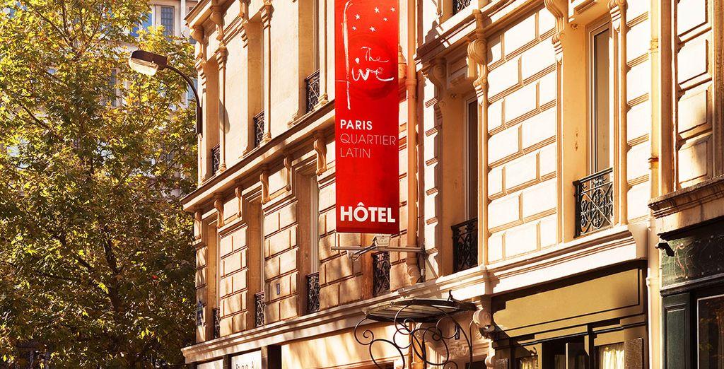 Que vous séjournerez en plein cœur du célébrissime quartier latin... - The Five Hotel Paris