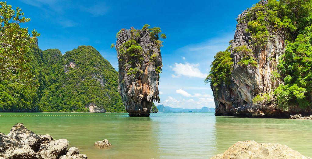 La suite de votre circuit s'effectuera à Phang Nga et ses îles si singulières