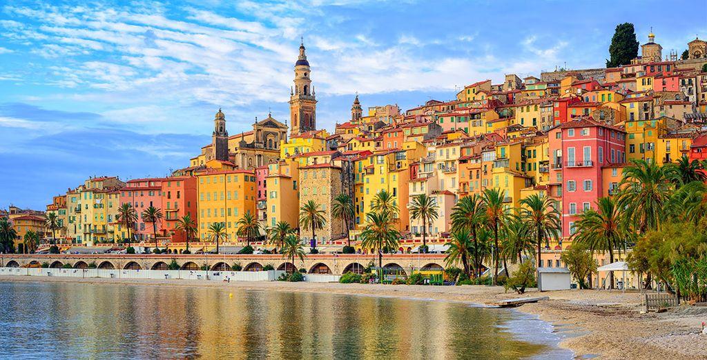 Partez à la rencontre des villages pittoresques de la Côte d'Azur. Bienvenue à Menton.
