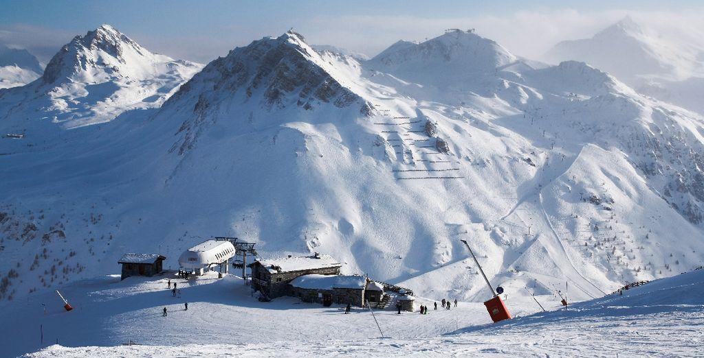 Après avoir dévallé les pistes d'un des plus grands domaines skiables...