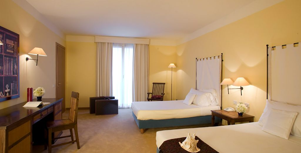 Vous séjournerez en chambre Design, au style méditerranéen...