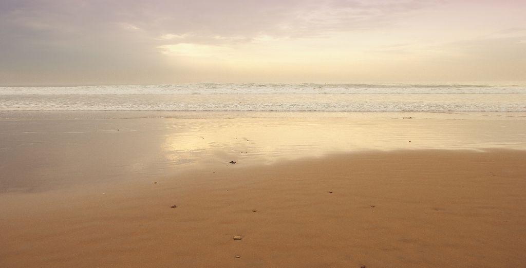 Direction la baie d'Agadir et sa longue plage de sable !