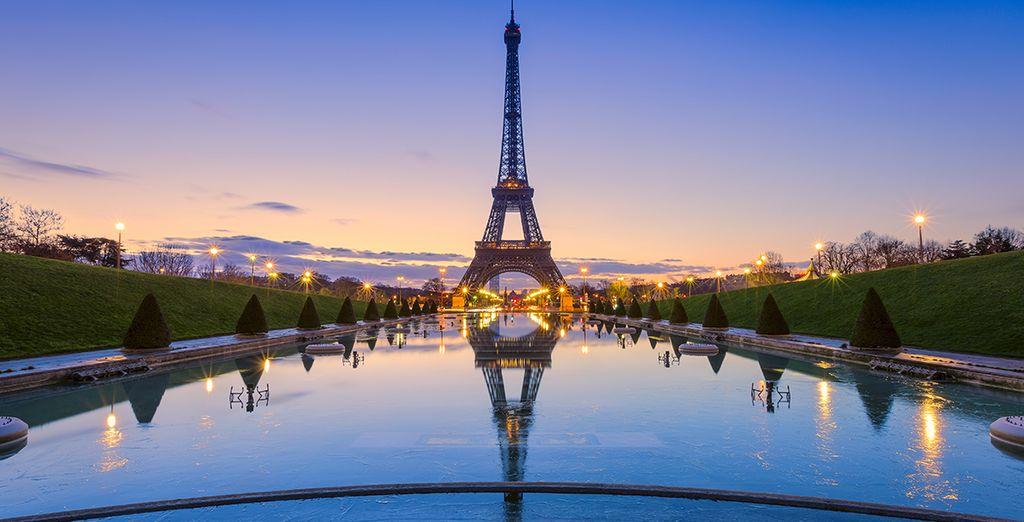 Admirez la tour Eiffel sous tous ses angles...