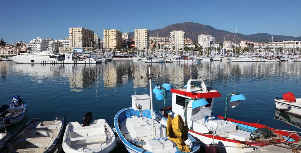 Près du charmant port d'Estepona !