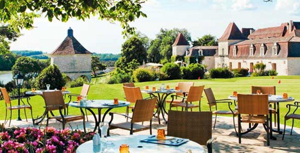 La terrasse de la brasserie Le Chai